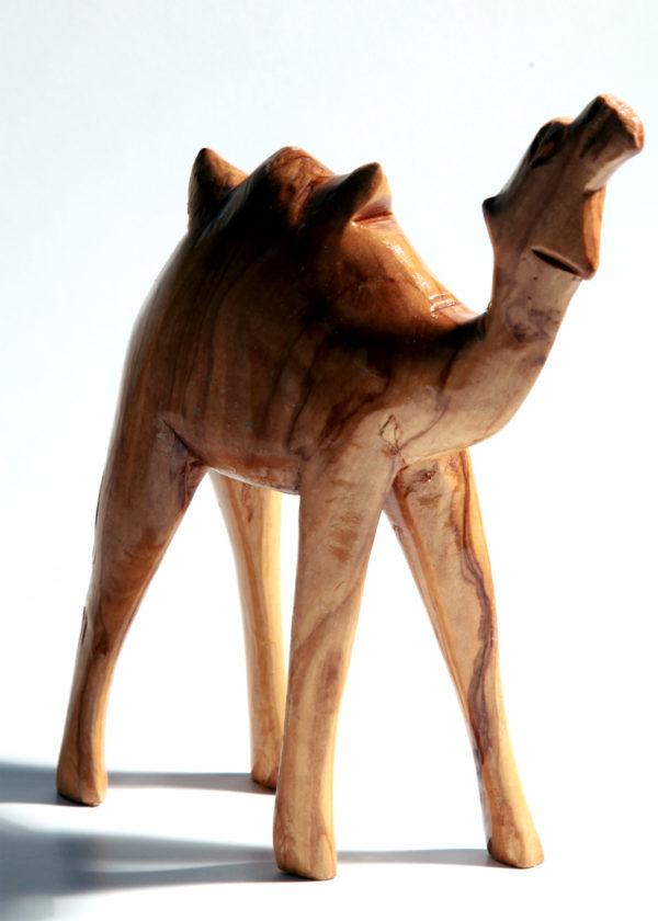 Camel en bois à la main